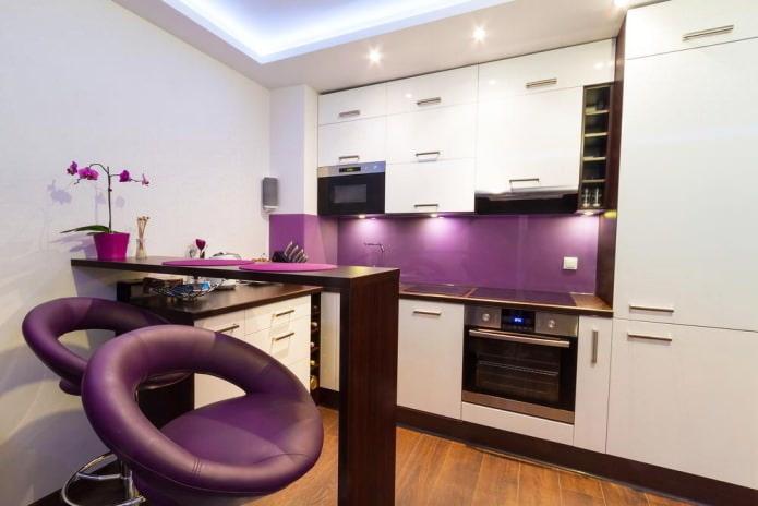 фиолетовые кухонные скинали
