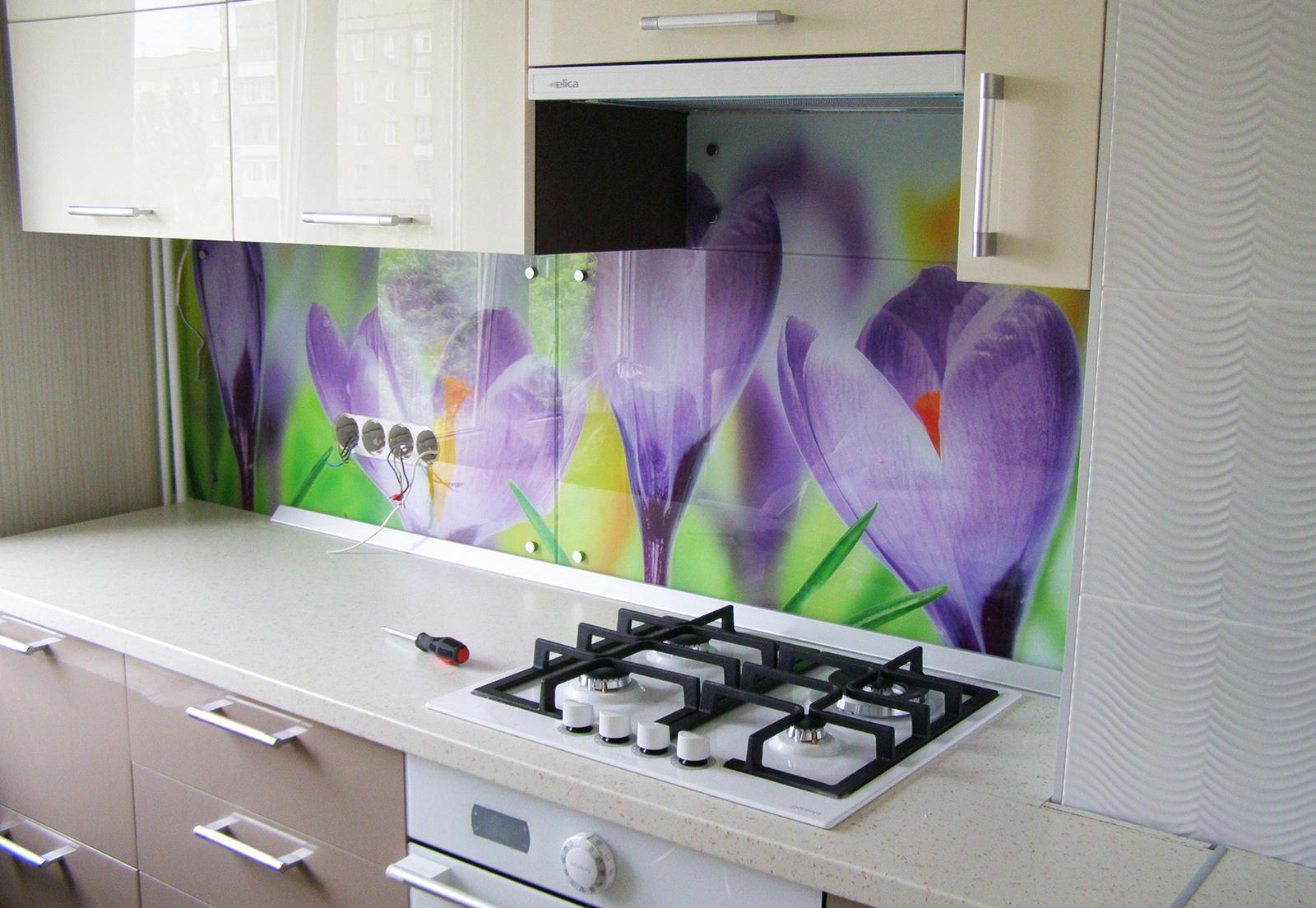 Фото цветы фартук для кухни из стеклапечатью