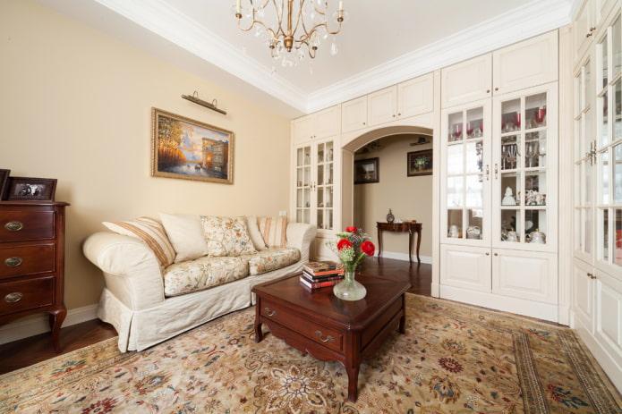 Стенка с арочным проемом в гостиной