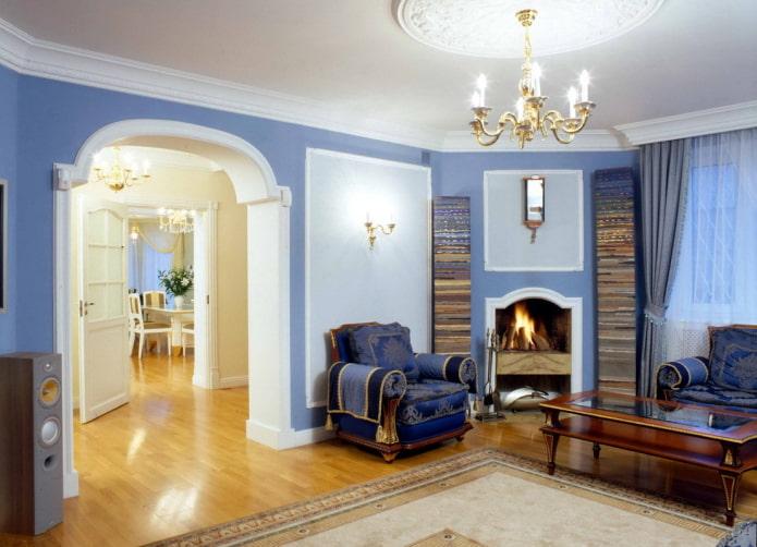 гостиная с аркой необычной симметричной формы