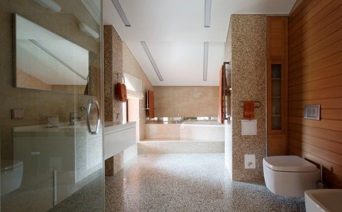 ванная в интерьере дома из клееного бруса