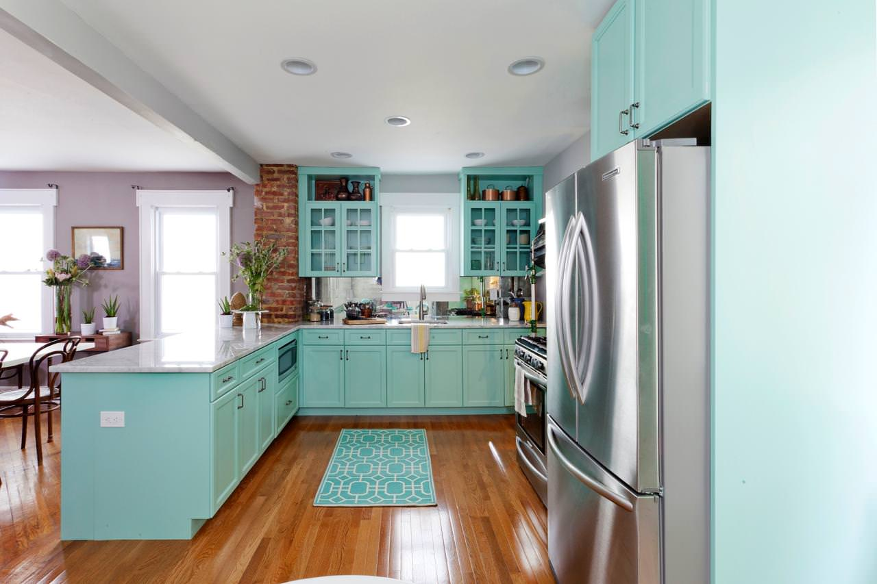 Гостиные кухни в бирюзовом цвете