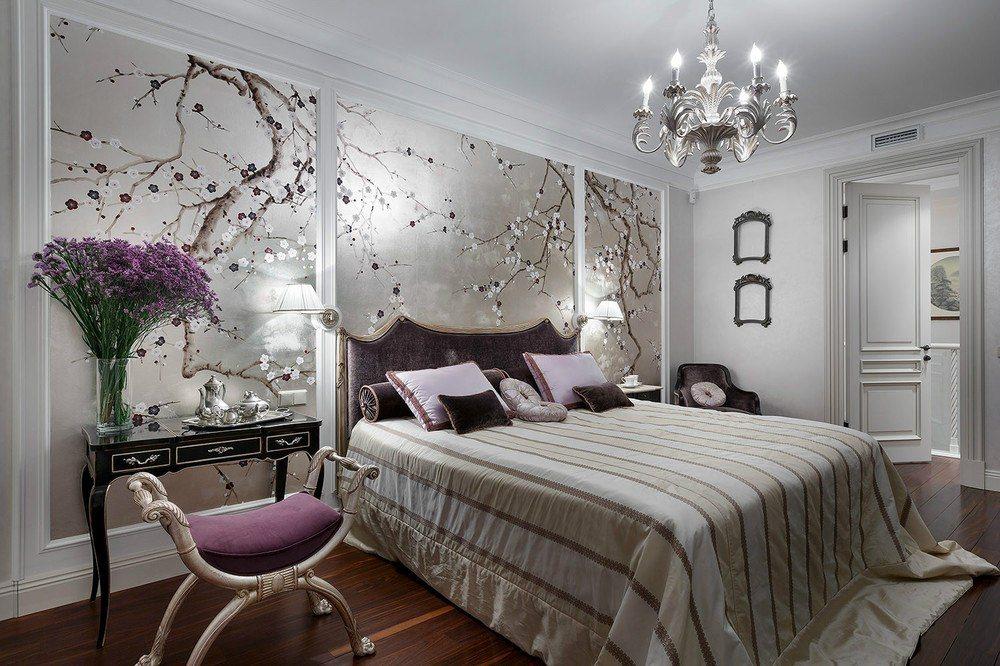 дизайн спальни с серебристыми обоями