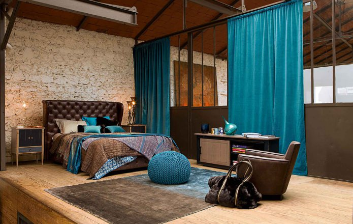 дизайн спальни в коричнево-бирюзовых тонах