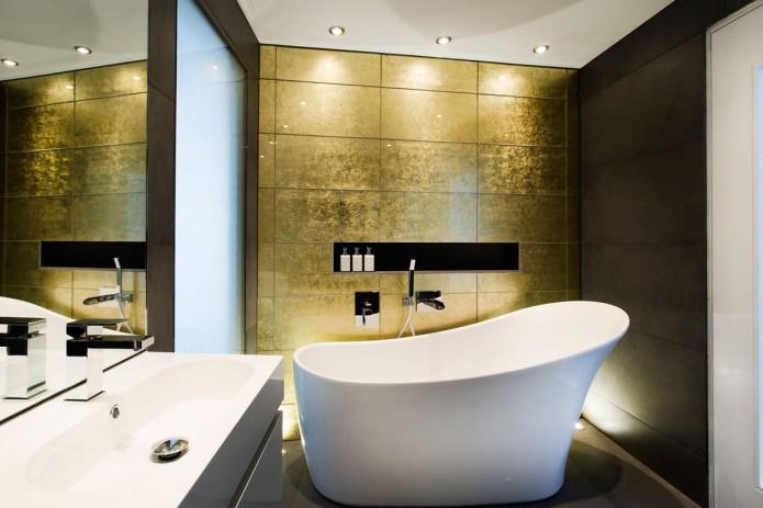 """плитка """"под золото"""" в ванной"""