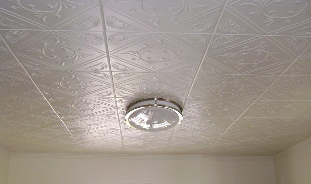 потолки из пенопластовой плитки фото