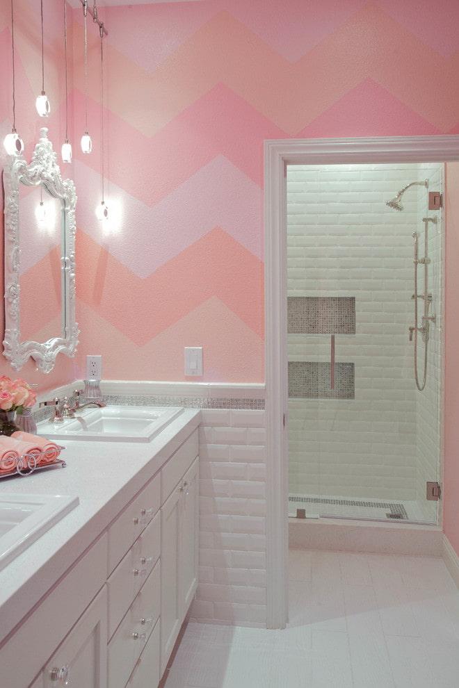 розовый цвет в ванной комнате