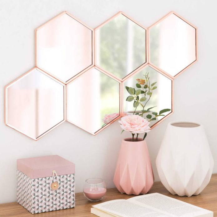 нежно-розовый декор