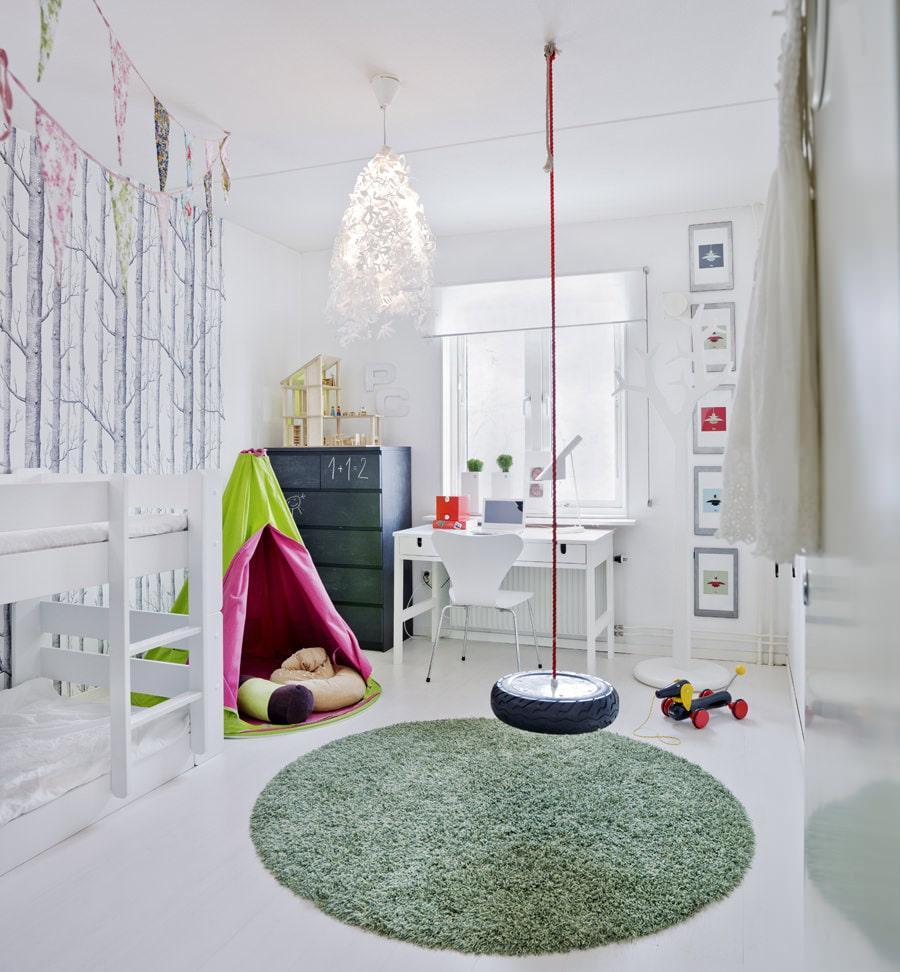 Освещение в детской: правила и советы (12 фото)