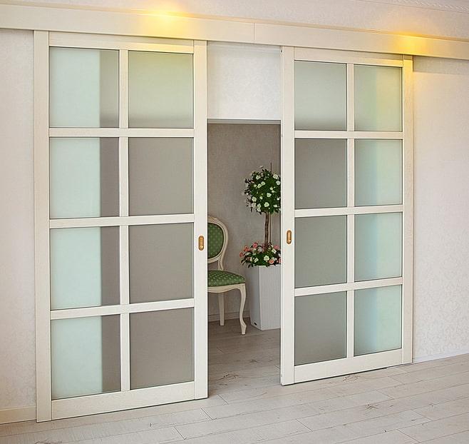 Тип открывания дверей