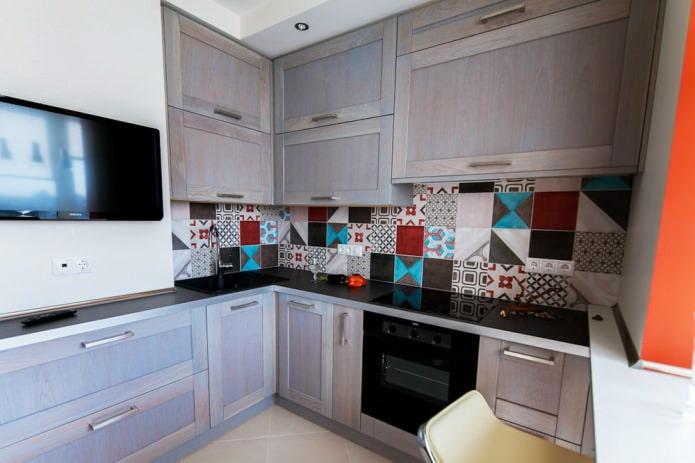 Плитка в стиле пэчворк в кухне
