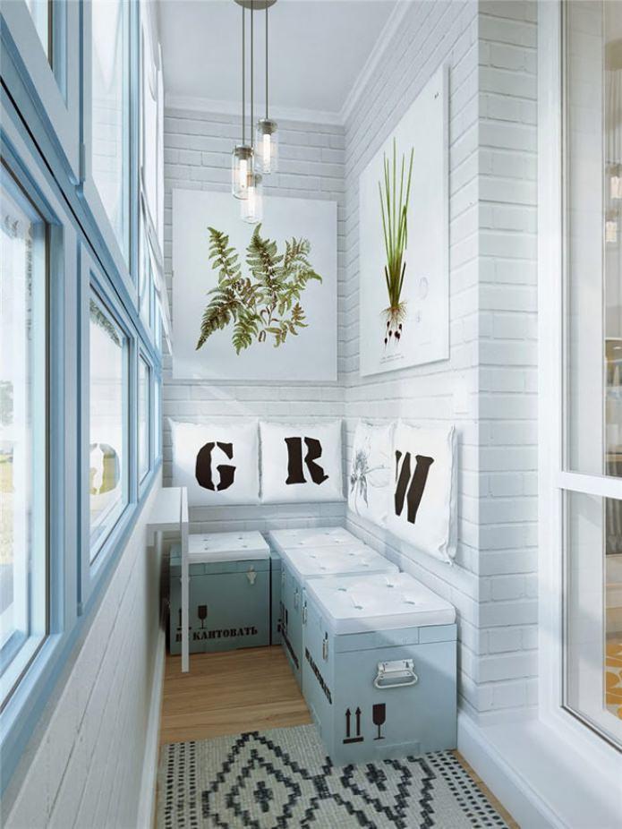 отделка стен на балконе декоративным кирпичом