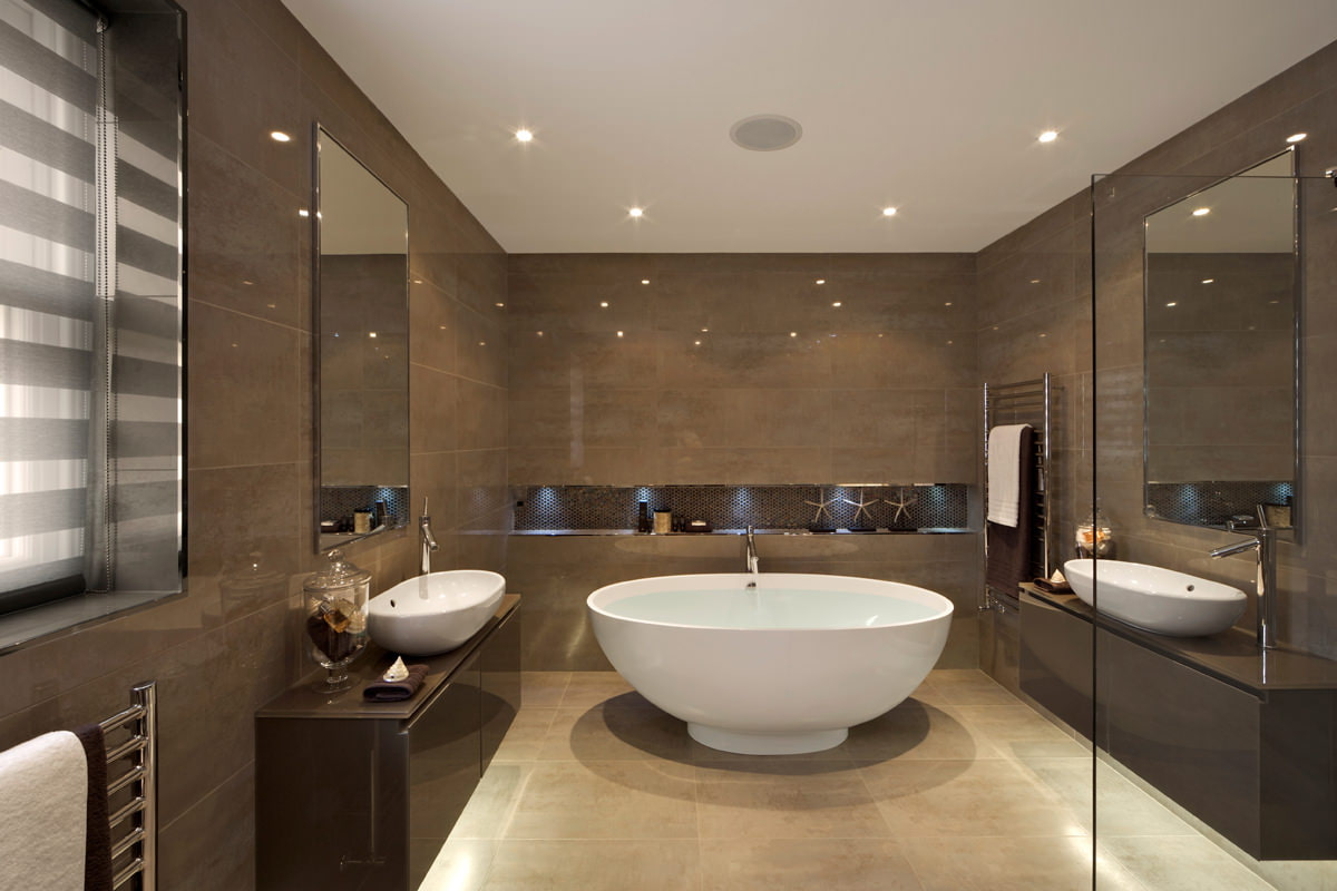 Дизайн ванны в коричневых тонах
