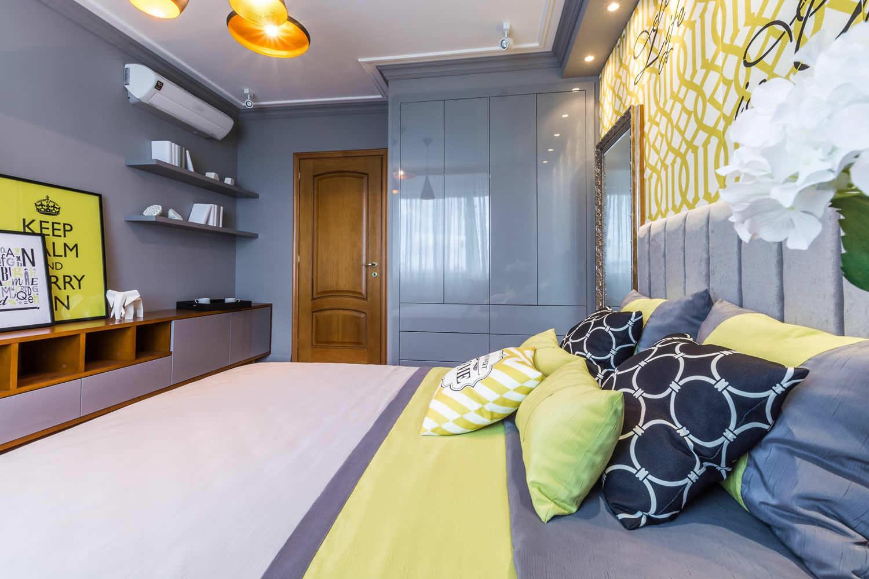 Дизайн спальни двери
