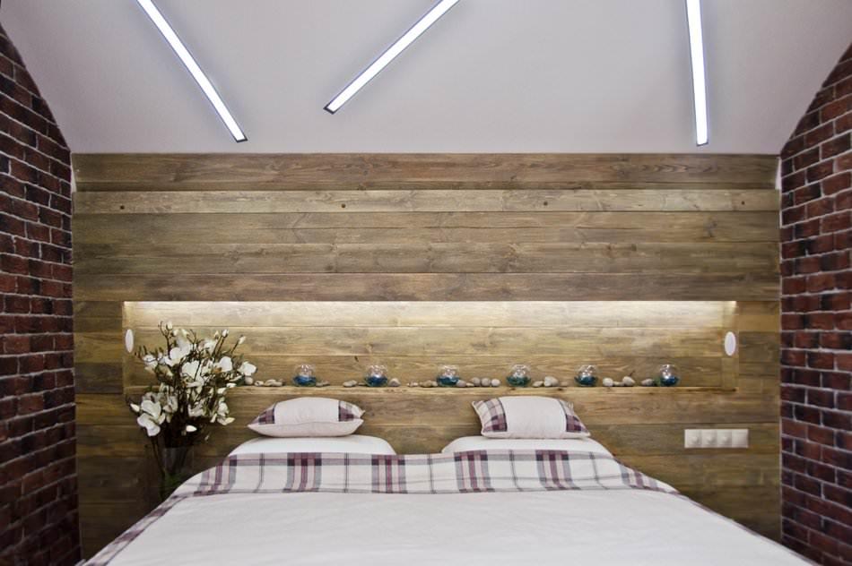 Дизайн интерьер спальни в мансарде
