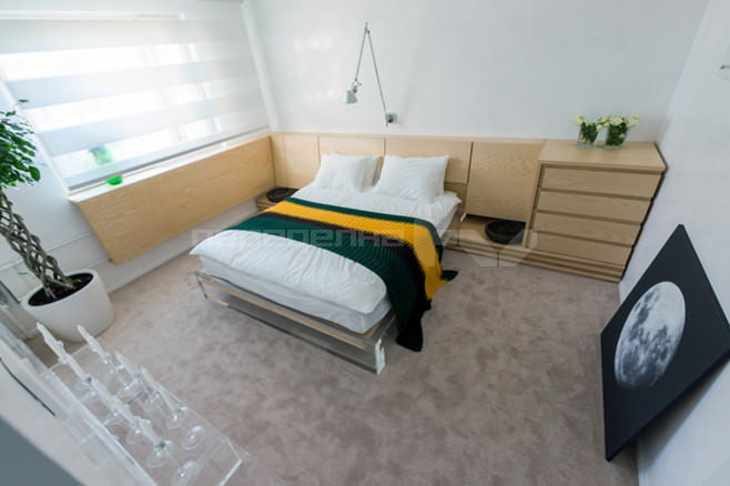 Интерьер спальни в белом