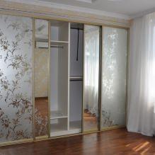 Варианты дизайна фасадов дверей шкафа-купе-2
