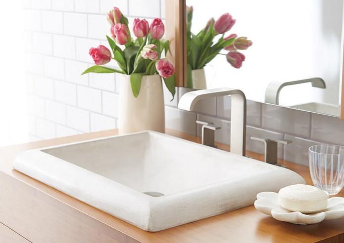 Выбор раковины для ванной: способы монтажа, материалы, формы