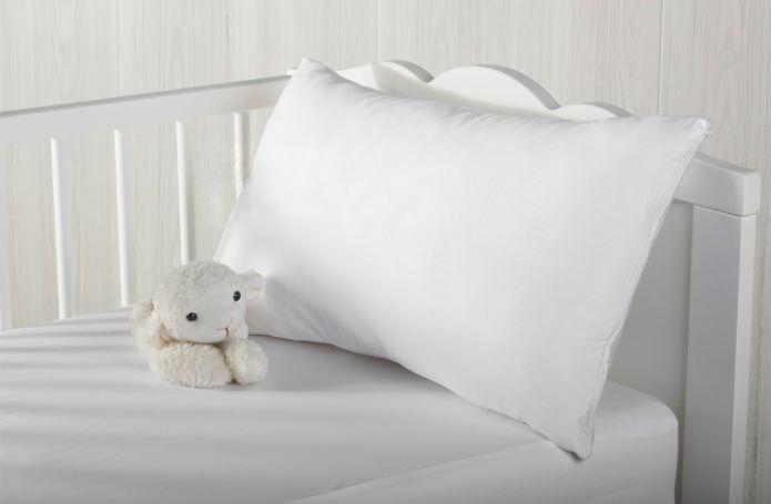 Подушка для ребенка 2 лет: какая лучше, разные типы наполнителя