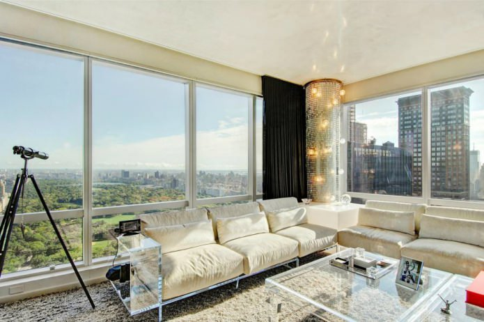 Дизайн интерьера с панорамными окнами