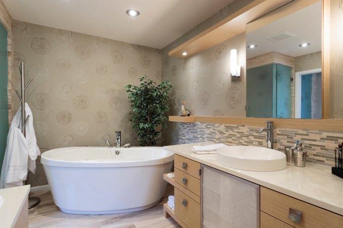 Обои для ванной комнаты: плюсы и минусы, виды, дизайн, 70 фото в интерьере