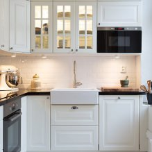 Дизайн белой кухни с черной столешницей: 80 лучших идей, фото в интерьере - 59