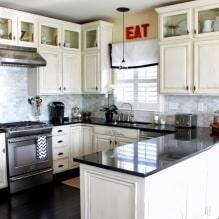 Дизайн белой кухни с черной столешницей: 80 лучших идей, фото в интерьере - 72