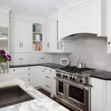 Дизайн белой кухни с черной столешницей: 80 лучших идей, фото в интерьере - 61