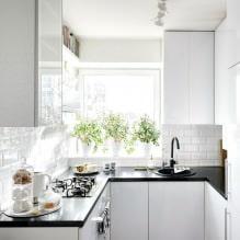 Дизайн белой кухни с черной столешницей: 80 лучших идей, фото в интерьере - 56