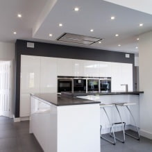 Дизайн белой кухни с черной столешницей: 80 лучших идей, фото в интерьере - 63