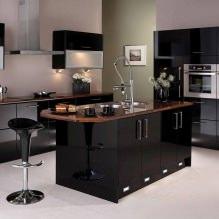 Черный гарнитур в интерьере в кухне: дизайн, выбор обоев, 90 фото - 63