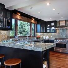 Черный гарнитур в интерьере в кухне: дизайн, выбор обоев, 90 фото - 88