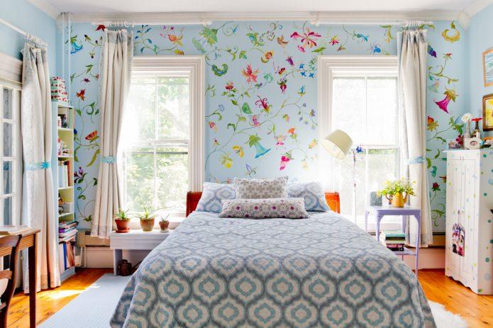 Дизайн с голубыми обоями: плюсы и минусы, комбинирование, подбор штор, 80+ фото