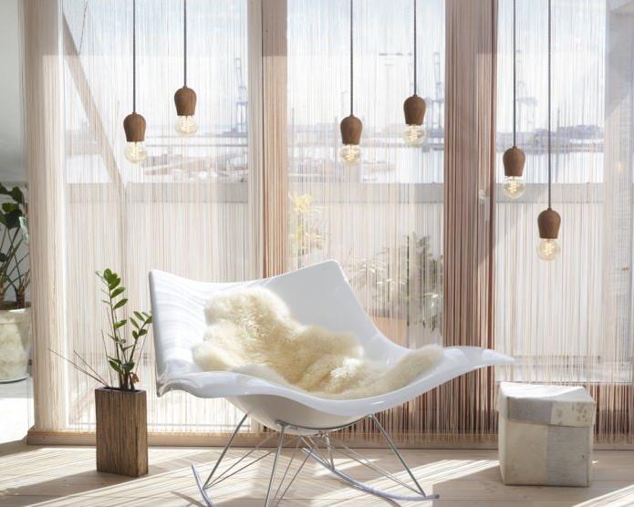 Нитяные шторы в интерьере: особенности, виды, обзор по комнатам, 65 фото