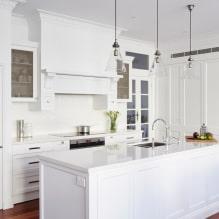 Белый кухонный гарнитур: особенности выбора, сочетания, 70 фото в интерьере - 60