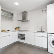 Белый кухонный гарнитур: особенности выбора, сочетания, 70 фото в интерьере - 61
