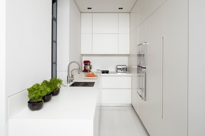 Белый кухонный гарнитур: особенности выбора, сочетания, 70 фото в интерьере