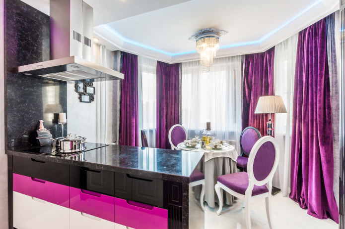 Фиолетовые шторы в интерьере: виды, ткани, цветовые сочетания, комбинирование, декор