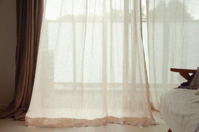 Льняные шторы на окнах: дизайн, декор, цветовая гамма, виды креплений к карнизу