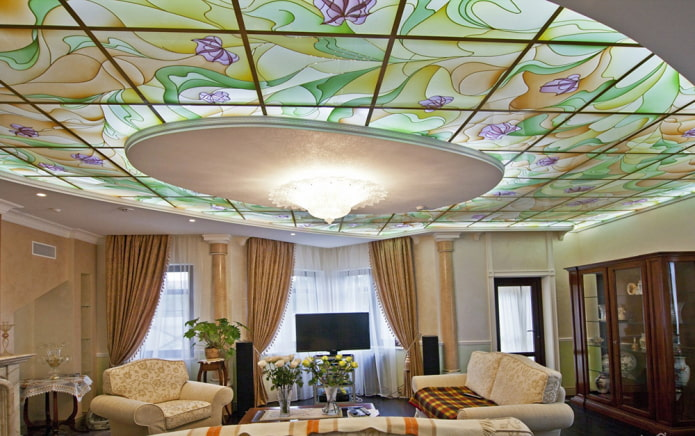 Витражные потолки: виды конструкций, форм, рисунков, витражи с подсветкой