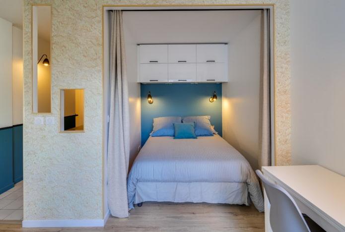 Кровать в нише: дизайн, виды (подиум, откидная, детская), фото в интерьере
