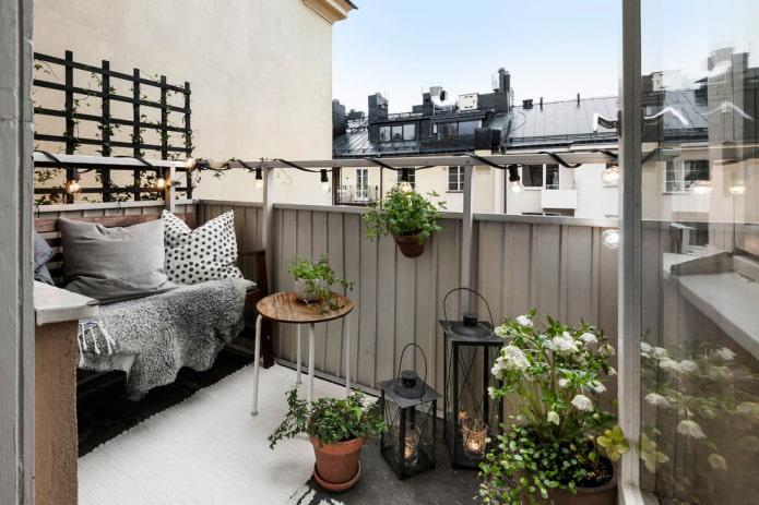 Советы и идеи по оформлению балкона в скандинавском стиле