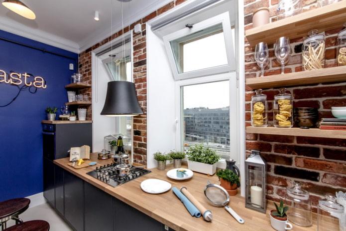 Кухня без верхних шкафов: актуальный дизайн, 51 фото