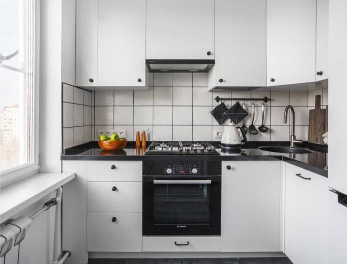 Кухня в хрущевке: актуальный дизайн, 60 фото в интерьере