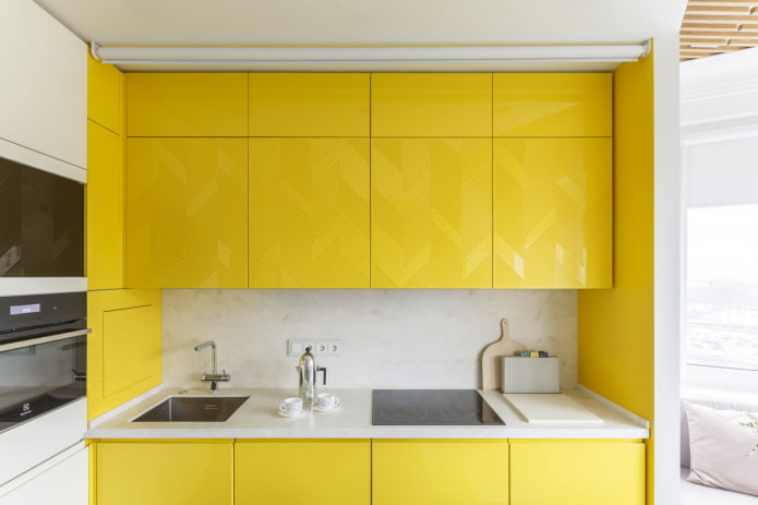 Встроенная кухня: плюсы и минусы, виды, советы по выбору
