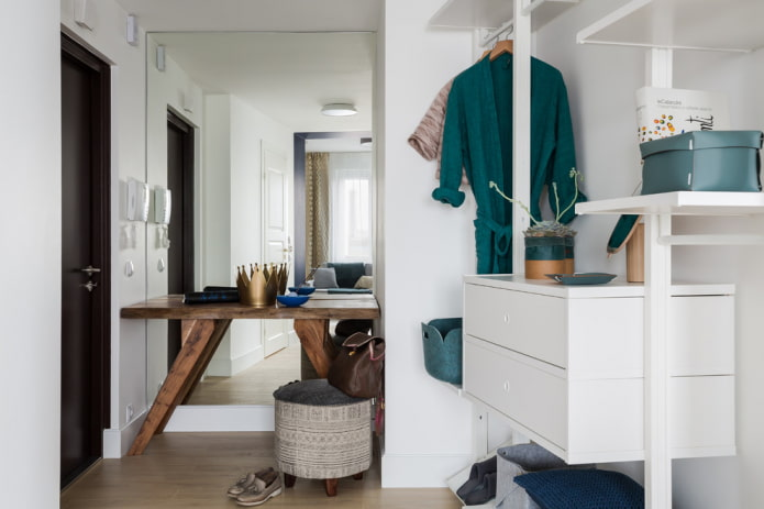 5 предметов мебели, которые должны быть в каждой прихожей