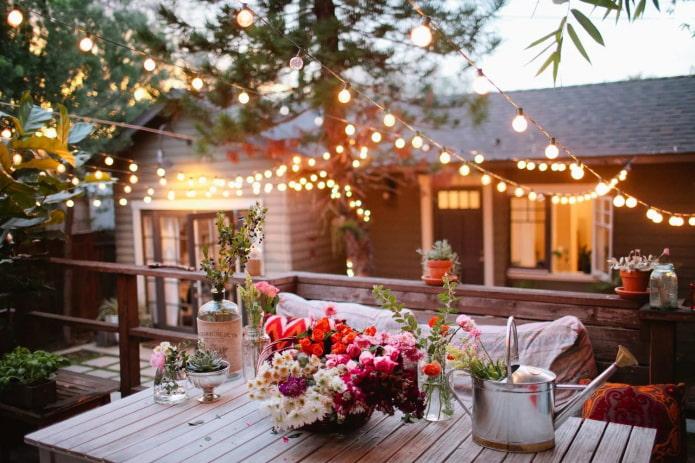15 простых идей для создания уюта на даче