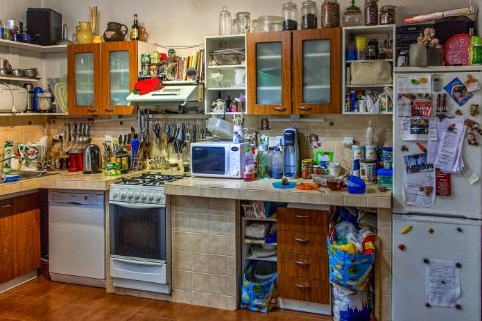 Как избавиться от хлама в квартире