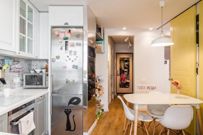 Магниты на холодильник: вешать или не вешать?