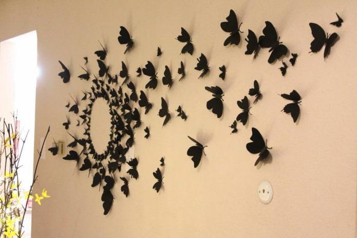 Как украсить стену бабочками?